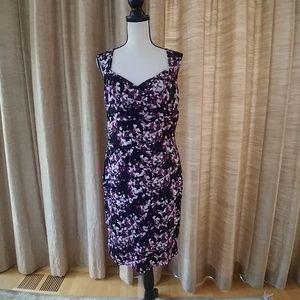 White House Black Market Floral Instant Slim Dress